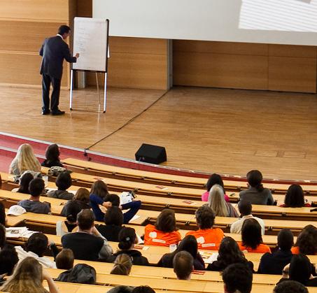Das Konferenzprogramm (Foto: Wolfram Schubert)
